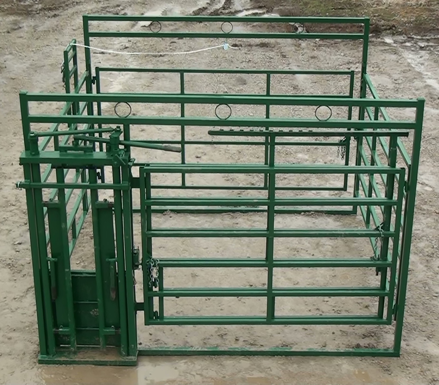 Calving Pen And Panels To Make Heifer Calving A Breeze